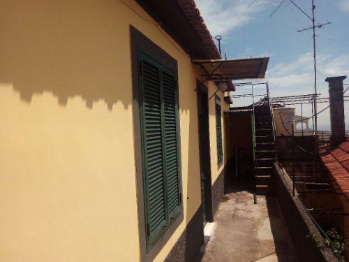 Casa / Moradia independente em Venda