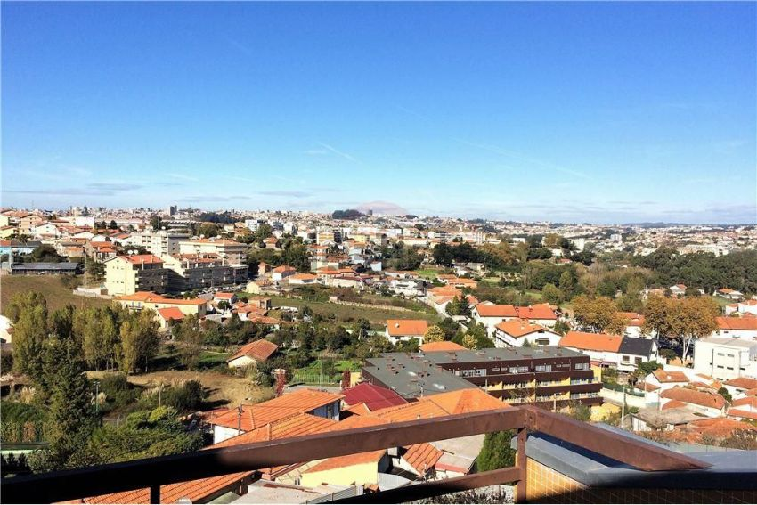 Duplex for sale in Oliveira do Douro Vila Nova de Gaia