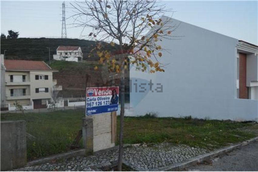 Land Plot For Sale Rua Santo Eloy No Number Pontinha E Famoes