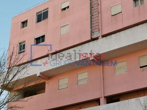 Apartamento na rua Luis Cristino da Silva, 224