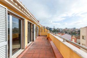 Apartamento na rua Dr Álvaro de Castro