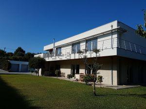 Moradia independente na avenida de Viana do Castelo, 22