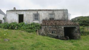 Casa de aldeia em Grotao s/n