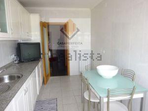 Apartamento em Gulpilhares e Valadares