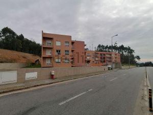 Apartamento na estrada Dom Miguel
