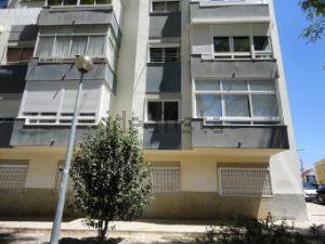 Apartamento em barrio Galiza - Alapraia