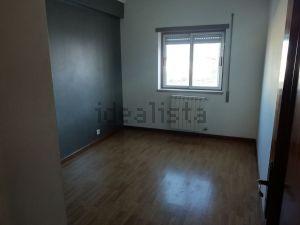 Apartamento na rua Cândido Dias Lopes, 6