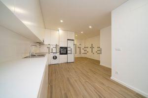 Apartamento na rua do Carvalhal s/n