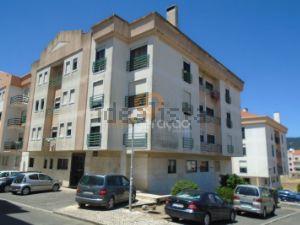 Apartamento em Santa Maria e São Miguel - Portela de Sintra
