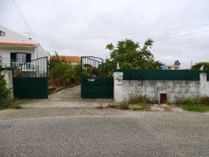 Moradia em Tornada e Salir do Porto