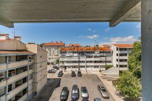 Apartamento na rua Cândido de Oliveira