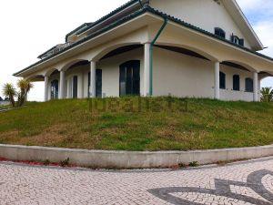 Moradia independente em Perafita - Lavra - Santa Cruz do Bispo