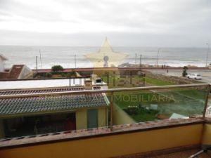 Moradia em Lavadores