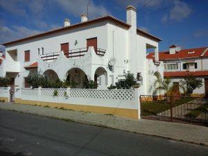 Moradia independente em Urbanização dos Alagoachos, 146