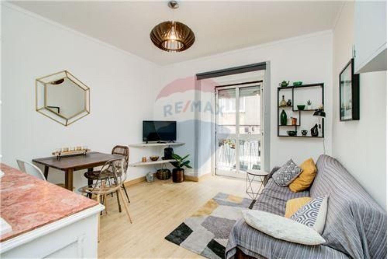 883933517 Imagem Sala de estar de apartamento t1 em rua Marcos Portugal s/n, Mercês